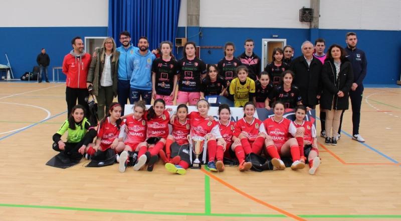 6a08fe18f9 O Leis Pontevedra proclamouse campión da Copa da 1ª División Autonómica  Feminina que se disputou este pasado fin de semana no pavillón Coto  Ferreiro da ...